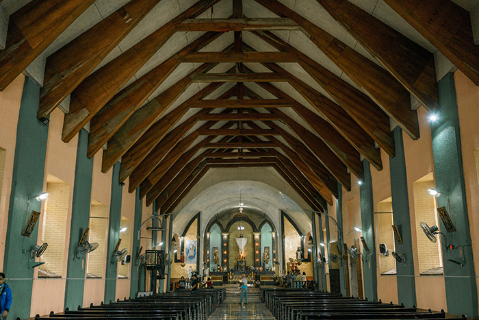 Inside Sto. Domingo de Guzman Church